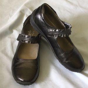 Nina Kids Black Dress Shoes | Size 5M